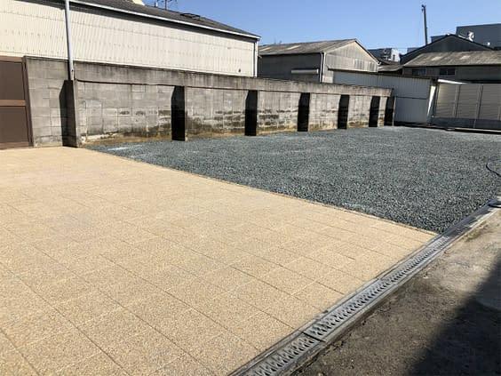 平野区 外構工事 透水平板 バラス敷き施工施工後